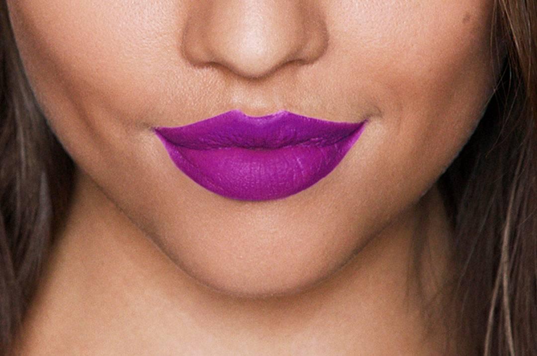 Comment Appliquer Le Rouge à Lèvres Mat Liquide
